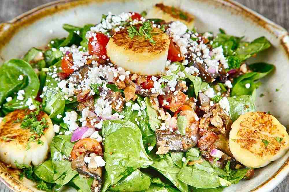 Jumbo Scallops and Spinach Salad